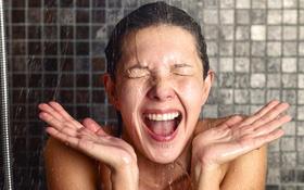 Đột quỵ do tắm gội sai cách trong mùa nắng nóng