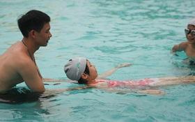 Những lưu ý khi đi bơi mùa nóng mà ai cũng cần biết