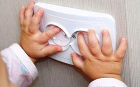Sơ cứu nhanh khi trẻ bị điện giật