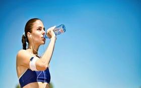 Cách làm mát cơ thể trong ngày hè oi bức