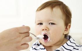 Hướng dẫn cách làm sữa chua cho bé tại nhà thơm ngon, bổ dưỡng