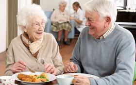 Thời điểm giao mùa hè thu người cao tuổi không nên ăn gì?