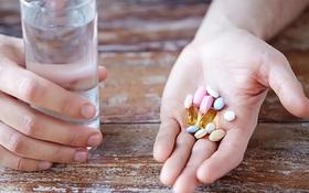 Khi nào nên uống thuốc bổ mắt? Hướng dẫn uống thuốc bổ mắt đúng cách, đủ liều lượng