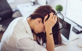 Các biện pháp chống mỏi mắt khi ngồi máy tính và đọc sách