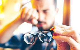 Người bị cận thị nên kiêng làm gì để tránh làm tăng độ cận?