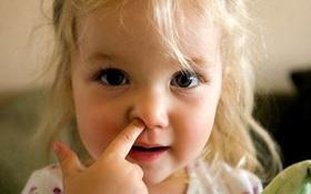 Thói quen nào làm gia tăng nguy cơ khiến trẻ mắc bệnh tai mũi họng?