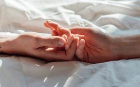 Quai bị quan hệ tình dục có sao không? Có cần kiêng không?