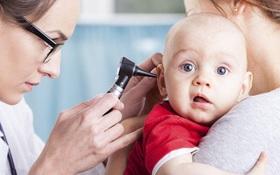 Có cần lấy ráy tai cho bé không? Cách lấy ráy tai cho bé an toàn