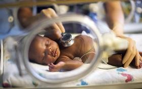 Tiêm trưởng thành phổi cho thai phụ: Khi nào cần thực hiện và rủi ro ra sao?