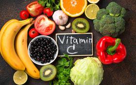 Không phải chanh, đây mới là 4 loại trái cây giàu vitamin C nên có trong gia đình mùa dịch Covid-19