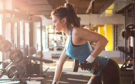 Khoa học chứng minh: Tập thể dục với tạ có thể giúp phòng ngừa ung thư vú
