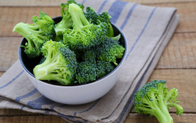 Ngăn ngừa ung thư đại tràng bằng 8 loại thực phẩm quen thuộc