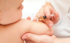 Các phản ứng sau tiêm chủng ở trẻ em thường gặp nhất