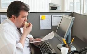 Những thói quen gây tăng cân trong mùa hè