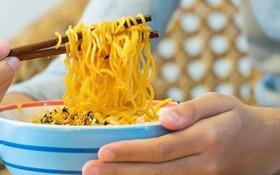 Phát hiện gây sốc: Ăn mỳ gói có thể gây ra bệnh tim ở phụ nữ?
