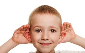 Tìm hiểu mối liên hệ giữa bệnh câm và điếc