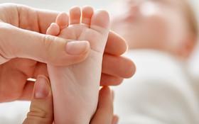 Tìm hiểu về bệnh dị tật bàn chân khoèo và các phương pháp điều trị hiệu quả