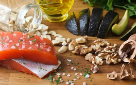 5 dấu hiệu cảnh báo cơ thể thiếu omega 3