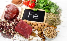Tiêu thụ 10 thực phẩm bổ máu này để tránh xa nguy cơ mắc ung thư máu