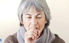 Biến chứng của cảm lạnh có thể dẫn đến viêm phổi, viêm phế quản
