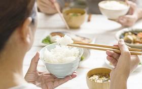Chế độ dinh dưỡng cho bệnh nhân ung thư buồng trứng: Lưu ý về cách lựa chọn thực phẩm