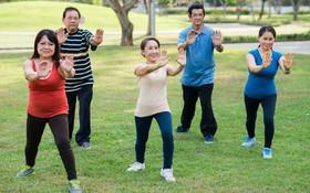 4 động tác tập thể dục phục hồi chức năng cho bệnh nhân đang điều trị bệnh gan