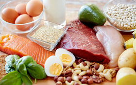 Chế độ ăn uống cho người bị đột quỵ giúp bệnh nhân phục hồi nhanh chóng