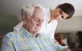 Những nguyên nhân thoát vị đĩa đệm ở người lớn tuổi