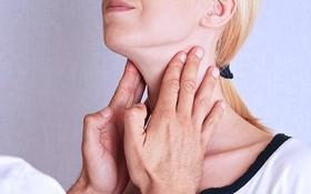 Mắc ung thư tuyến giáp thể nhú: Điều trị sớm có thể khỏi hoàn toàn