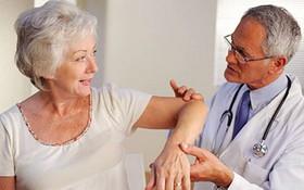 Tìm hiểu các phương pháp điều trị loãng xương ở người cao tuổi
