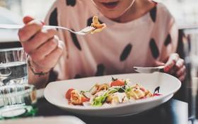 Lưu ý về chế độ ăn uống cho bệnh nhân sau xạ trị ung thư amidan