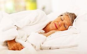 Mẹo giúp bạn ngủ ngon khi bị viêm khớp dạng thấp