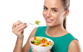 Nên ăn gì để phòng tránh bệnh viêm khớp dạng thấp?