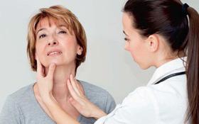 Cách hạn chế các tác dụng phụ của điều trị ung thư lưỡi