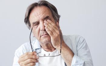 Người cao tuổi cần cẩn thận với các bệnh đường hô hấp khi trời trở lạnh