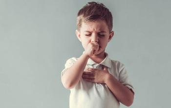 Nguy cơ gia tăng nhanh viêm phổi và viêm phế quản ở trẻ em, chuyên gia khuyến cáo những việc cha mẹ nên làm