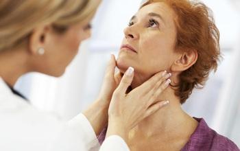 Mối quan hệ giữa suy giáp và nhiệt độ thấp: Phụ nữ độ tuổi trên 50 cần đặc biệt lưu ý để đối phó