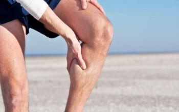 Người cao tuổi nên tập luyện thế nào để tránh tình trạng đau nhức chân