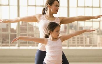 Những nguyên tắc phát triển chiều cao mà mọi cha mẹ chăm trẻ đều nên biết