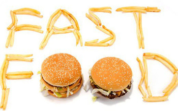 Tác hại của đồ ăn nhanh đối với sức khoẻ của trẻ