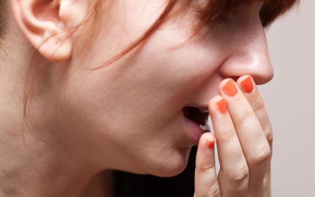 Sốt cao, khó thở là những triệu chứng viêm thanh khí phế quản điển hình