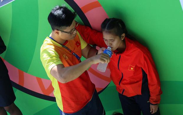 Tuyển thủ Việt Nam nhập viện sau nỗ lực tại SEA Games 30: Kiệt sức khi chơi thể thao nguy hiểm như thế nào?