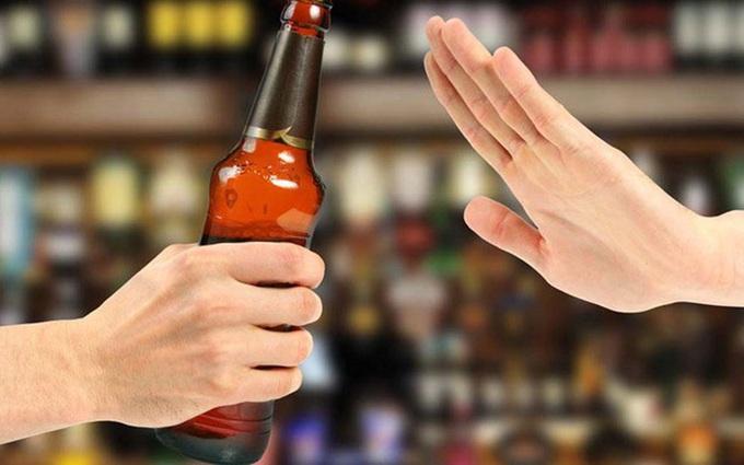 Người bị cảm cúm không nên uống gì? Loại số 3 khiến nhiều người giật mình