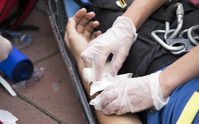 Vết thương hở: Sai lầm khi cầm máu và hướng dẫn cầm máu đúng cách khi bị thương