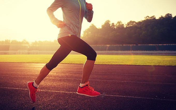 Những điều cần lưu ý khi chạy bộ trong mùa hè