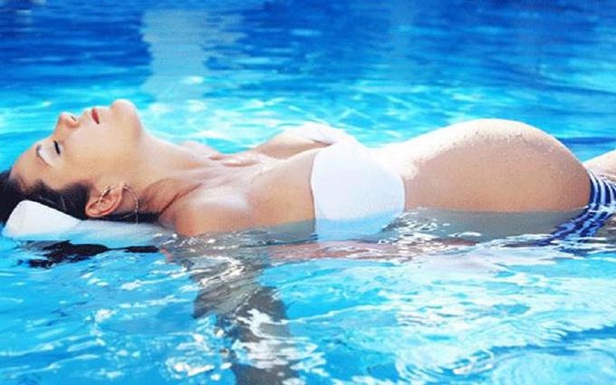 bơi lội khi mang thai, tin tức Sức Khỏe Mới Nhất Tác dụng của bơi lội với phụ nữ mang thai