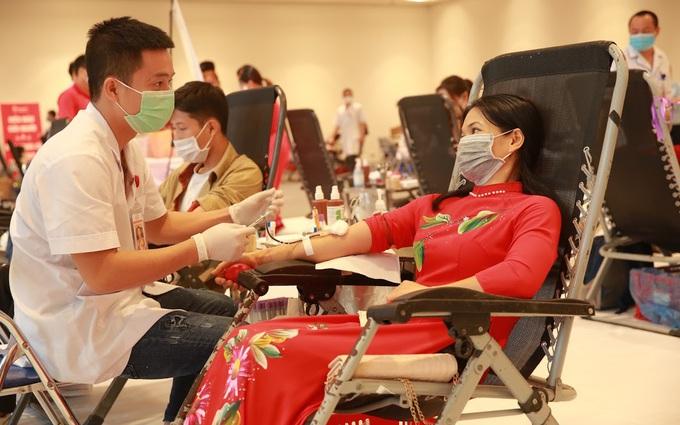 Ấm lòng ngày hội hiến máu