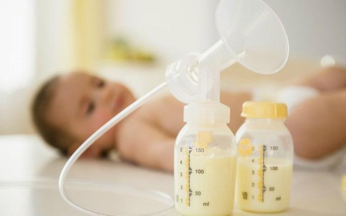 Mẹ sau sinh cần biết, làm thế nào để sữa mẹ đặc và thơm cho bé