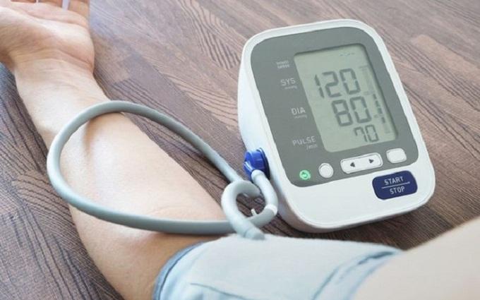 Nguyên nhân và yếu tố nguy cơ gây cao huyết áp nguyên phát là gì?