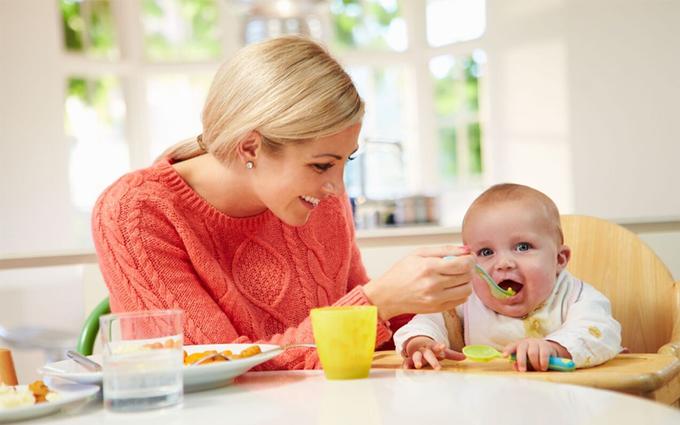 Nên cai sữa cho bé khi nào? Các cách cai sữa cho bé mẹ cần biết